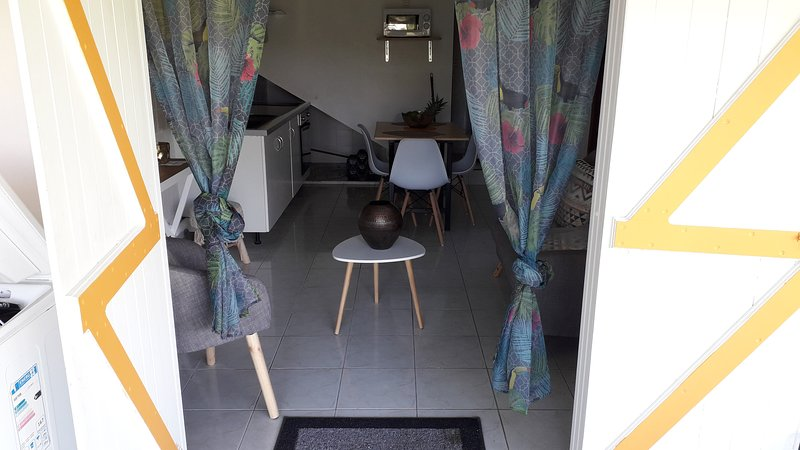 VILLA BLANCHET,Guest house, holiday rental in Morne-A-l'Eau