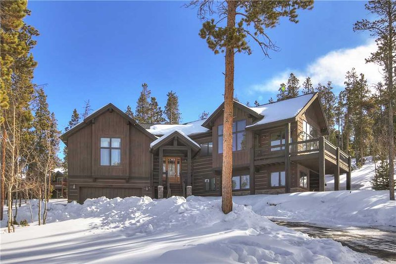 Ten Mile Vista-Private Home with Stunning Views-Discounts for New Bookings!, location de vacances à Breckenridge