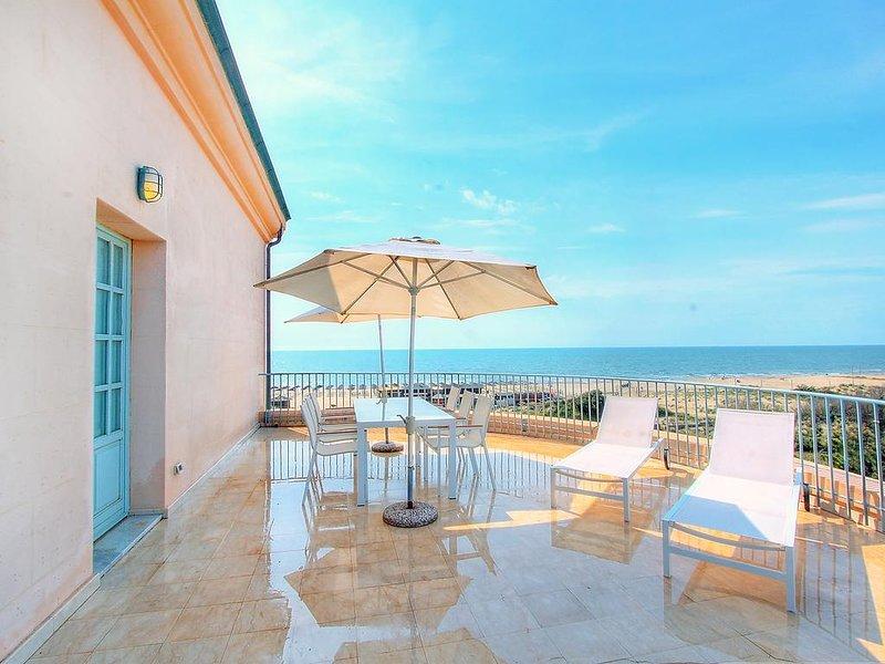 Amazing apartment with shared pool, alquiler vacacional en Marina di Pisa