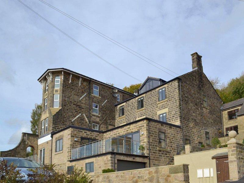 Swallows View - UK4125, holiday rental in Holestone Moor