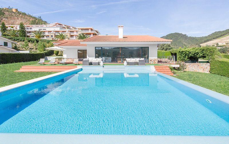 Castanheira Villa Sleeps 8 with Pool - 5824564, holiday rental in Vila de Rei
