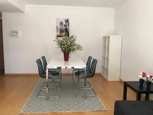 Amazing apartment in Lisboa & Wifi, aluguéis de temporada em Alcochete