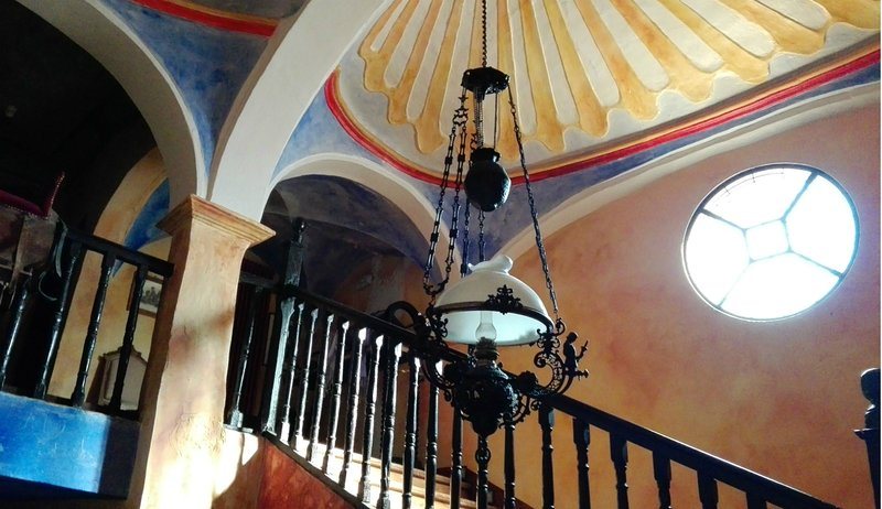 Casa Clasica-36 pax-SPA y PISCINA enclave histórico-monumental del siglo XVII, location de vacances à Ampudia