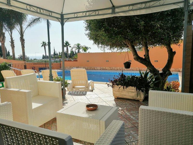 Nice apartment with shared pool, holiday rental in Marina di Palma