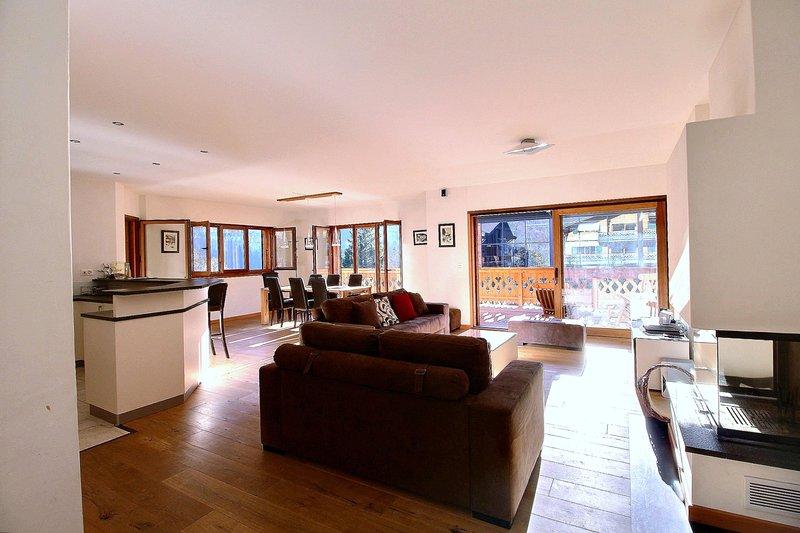 Tres joli appartement 45 pieces a 100m de la telecabine, casa vacanza a Champery