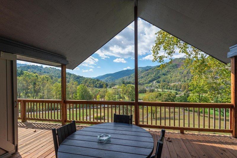 Springdale Bluebird Villa, casa vacanza a Canton