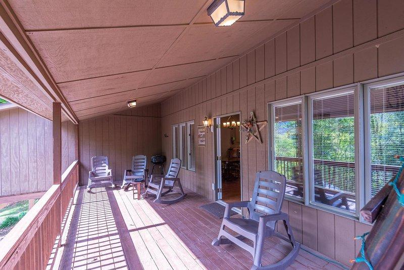 Springdale Pine Forest Home, casa vacanza a Canton