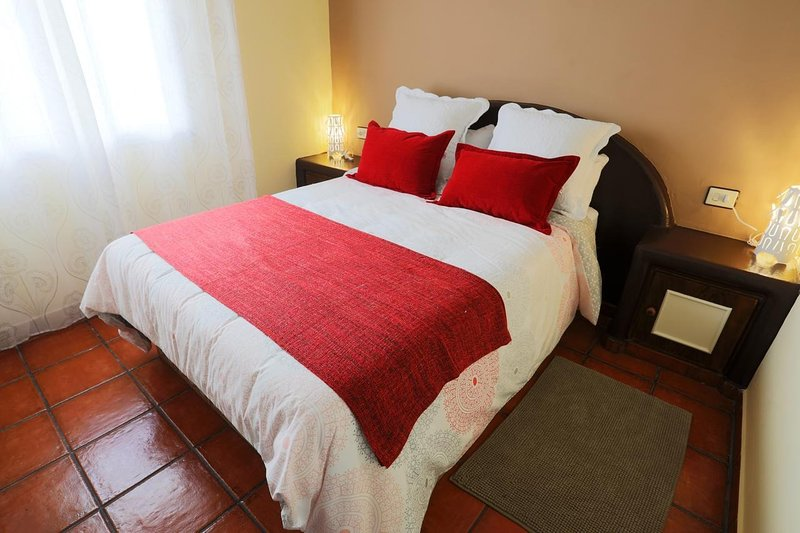 MARODY HOUSE VACACIONAL 2ºB, vacation rental in Chimiche