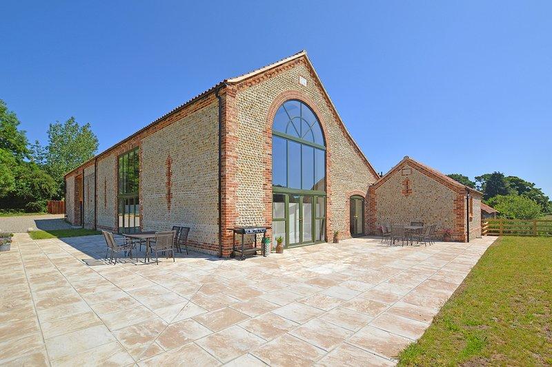 Cromer Villa Sleeps 8 - 5816223, holiday rental in Roughton