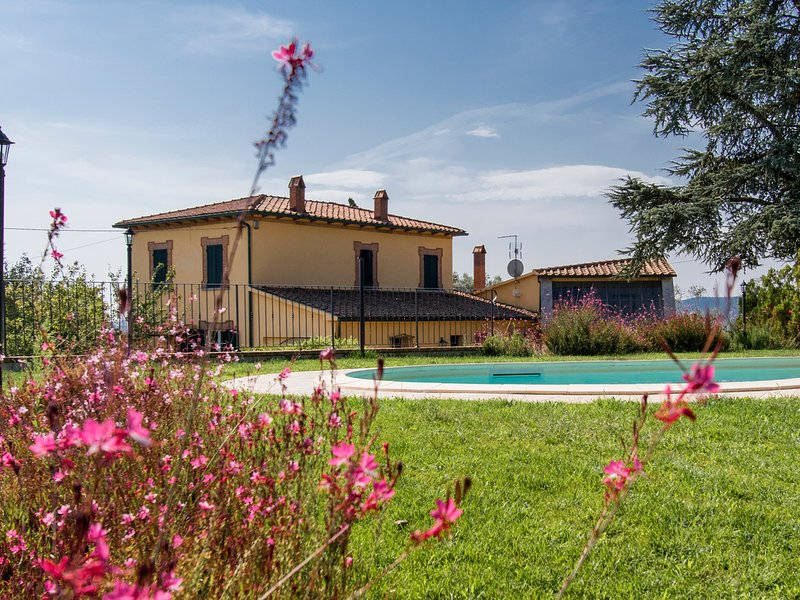 Fontecieca Villa Sleeps 8 with Pool and WiFi - 5825588, holiday rental in Carpineta