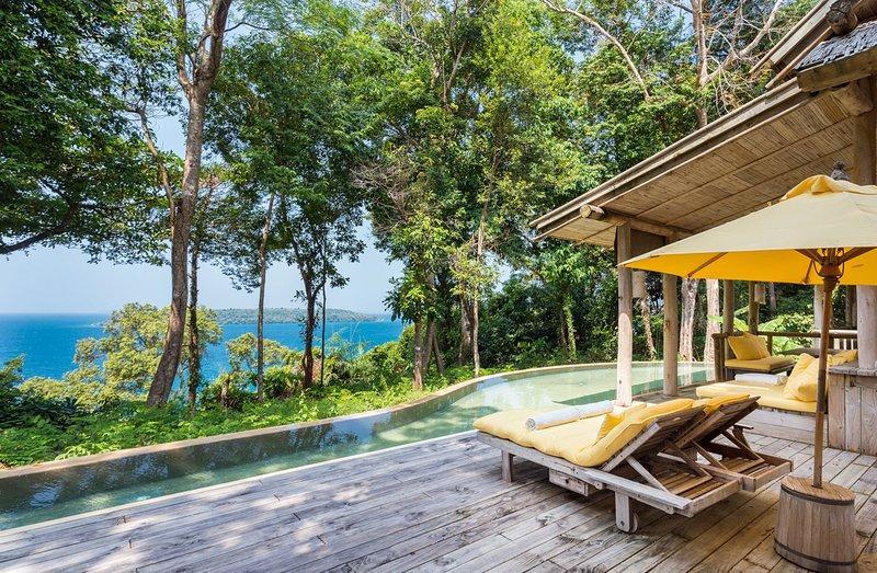 Ban Khlong Ta Tin Villa Sleeps 6 with Pool - 5793849, vakantiewoning in Provincie Trat