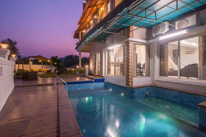 Casa Serenity by Vista Rooms, vacation rental in Pune District