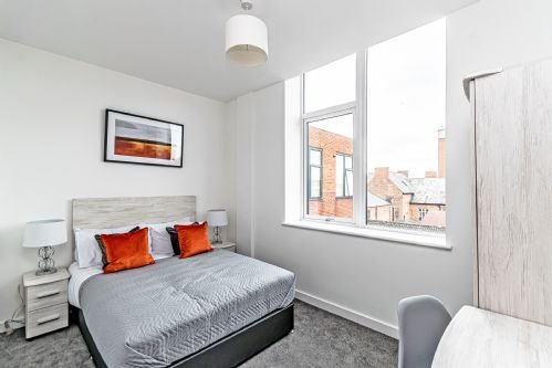 Residential Estates - One bed Apartment City Suites sleeps 2, vakantiewoning in Wimbolds Trafford