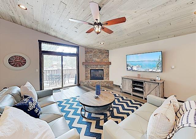 Chic Meyers Home w/ Fenced Yard - Walk to Eateries, Parks & Lake Baron, casa vacanza a Echo Lake
