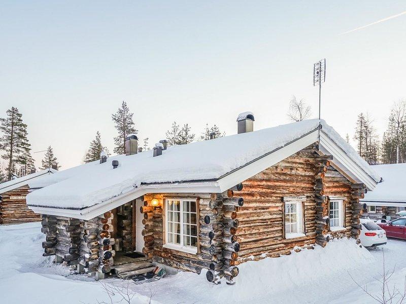 Lomaylläs d60 / palovaarankaarre 13b, holiday rental in Kolari