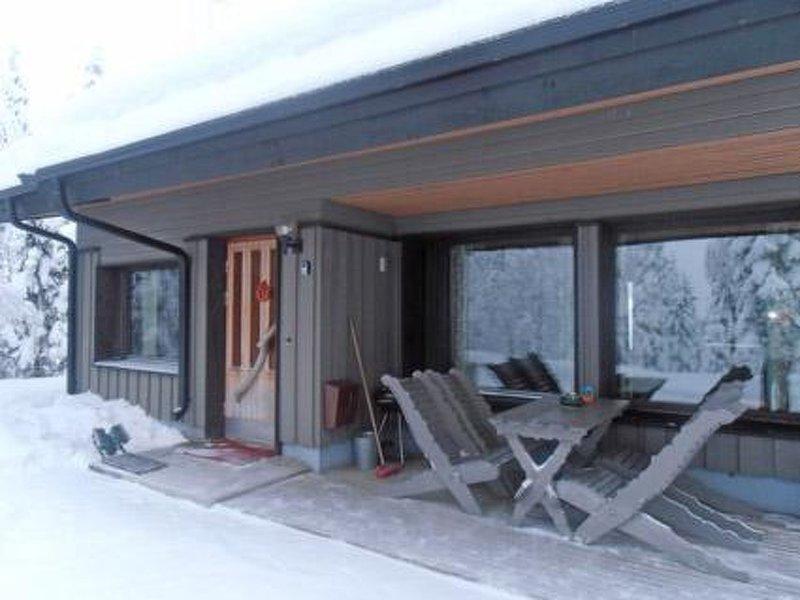 Mustalampi 4 kyyhkynen, holiday rental in Rukajarvi
