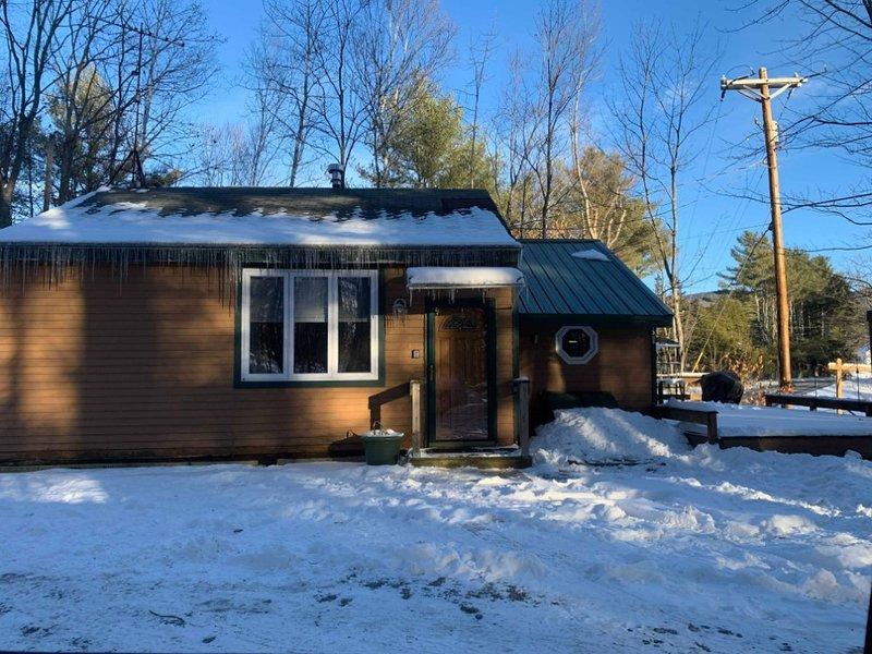 Brook Road Cabin, holiday rental in Goshen