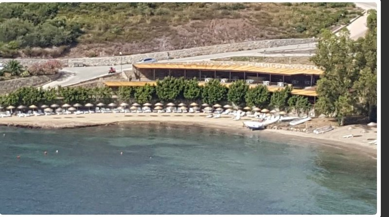 Bodrum Beachfront 4BR Villa with amazing sea/islands view, alquiler de vacaciones en Bogazici