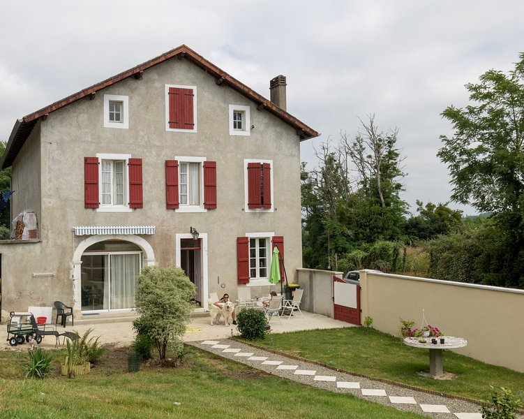 cozy and luxurious gite for two people, holiday rental in Biron