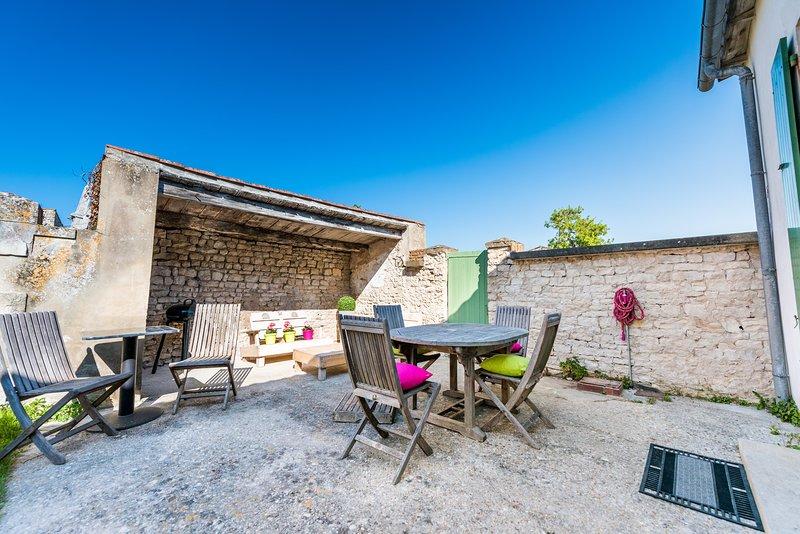 Chez Lucien***  proche commerces, entre plage et forêt, holiday rental in Sainte Marie de Re