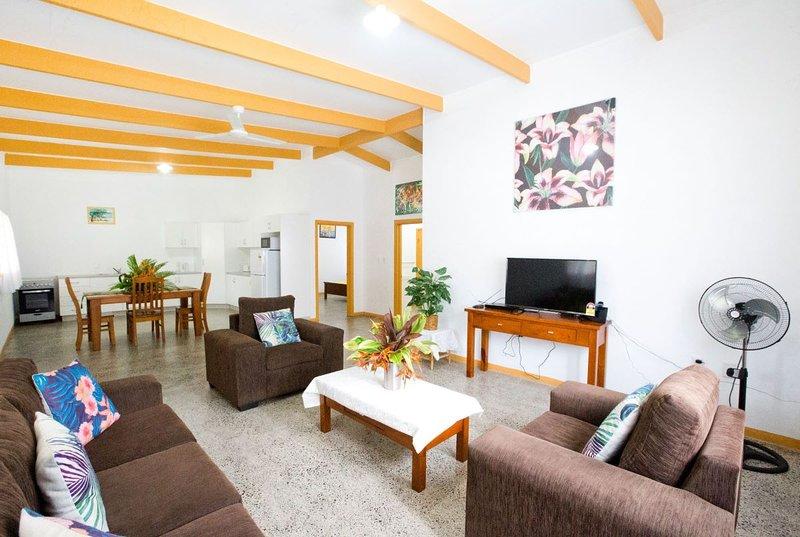 Muri Homeland Villa - quiet location, vacation rental in Rarotonga