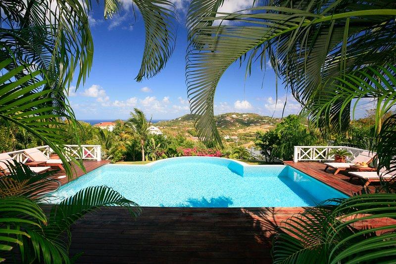Cas en Bas Villa Sleeps 6 with Pool and Air Con - 5217773, aluguéis de temporada em Cas En Bas