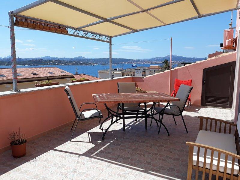 Appartamento con vista mare, location de vacances à Sardaigne