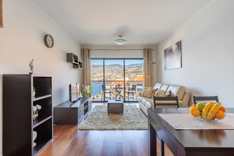 Centromar Residence Ocean View by Atlantic Holiday, aluguéis de temporada em São Martinho