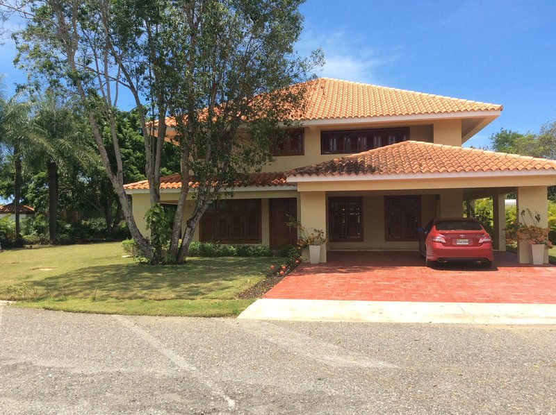Villa Elise in Guavaberry Country Club, holiday rental in San Pedro de Macoris