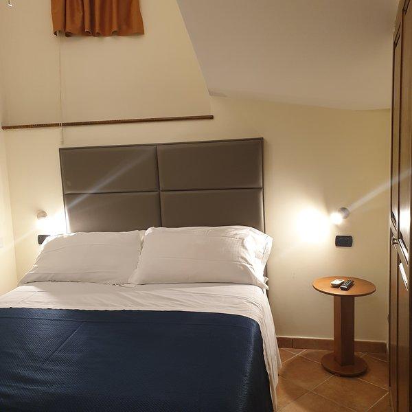 Residence L Incanto Sorrento Appartamento con 1 camera da letto fino a 2 persone, holiday rental in Piano di Sorrento