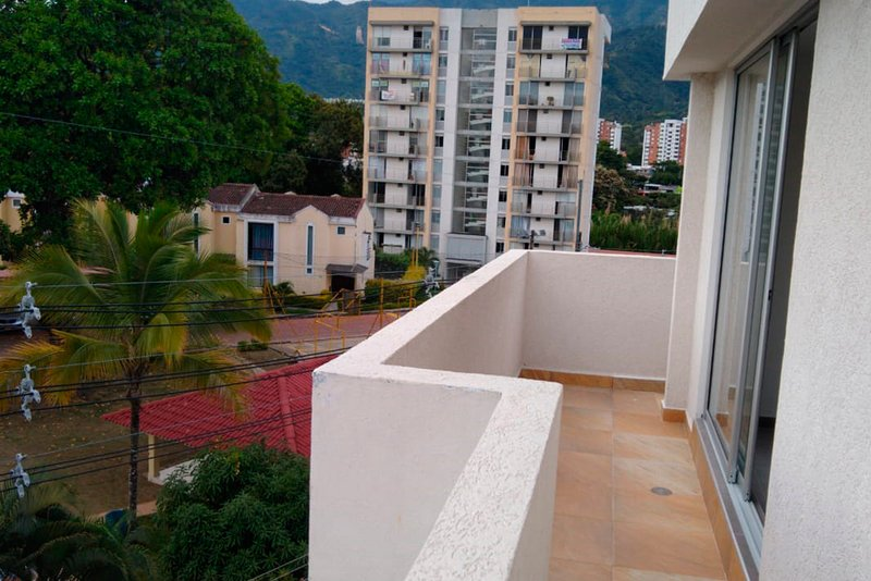 Apartment overlooking the city and mountains!, holiday rental in Tolima Department