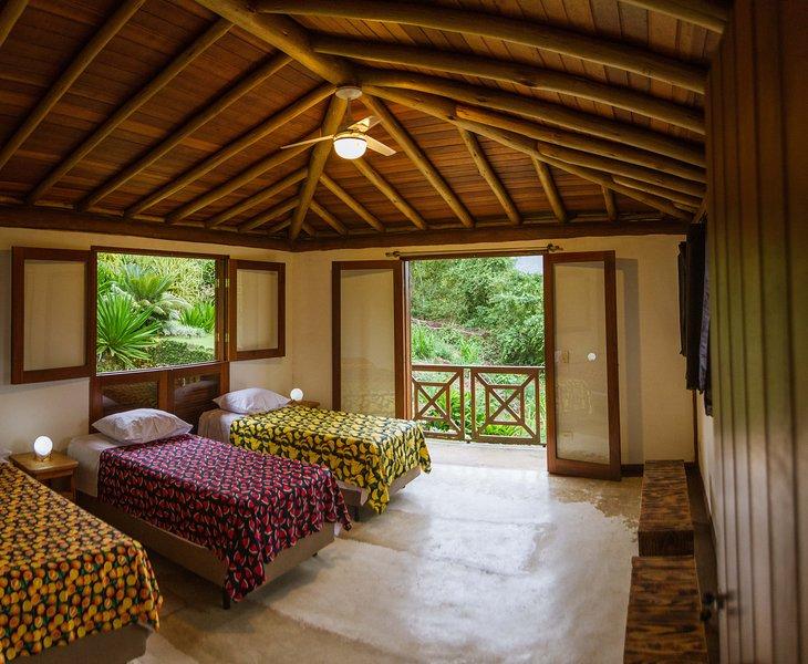 EannA House Paraty Triple En-suite, aluguéis de temporada em Jabaquara