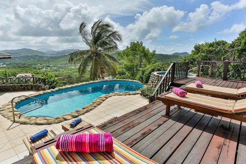 Cap Estate Villa Sleeps 6 with Pool and Air Con - 5217742, aluguéis de temporada em Cas En Bas