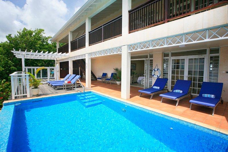 Cas en Bas Villa Sleeps 8 with Pool and Air Con - 5217749, aluguéis de temporada em Cas En Bas