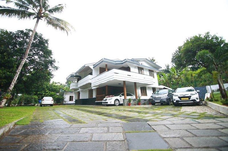 Zarahs Homestay- A Diamond category homestay approved by Kerala Tourism Dept. – semesterbostad i Ranni
