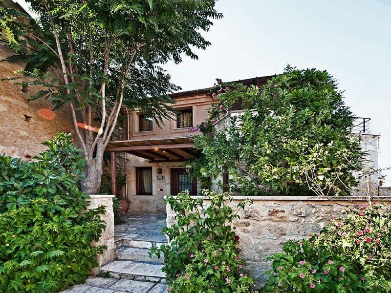 Archanes Villa, vacation rental in Vasilies