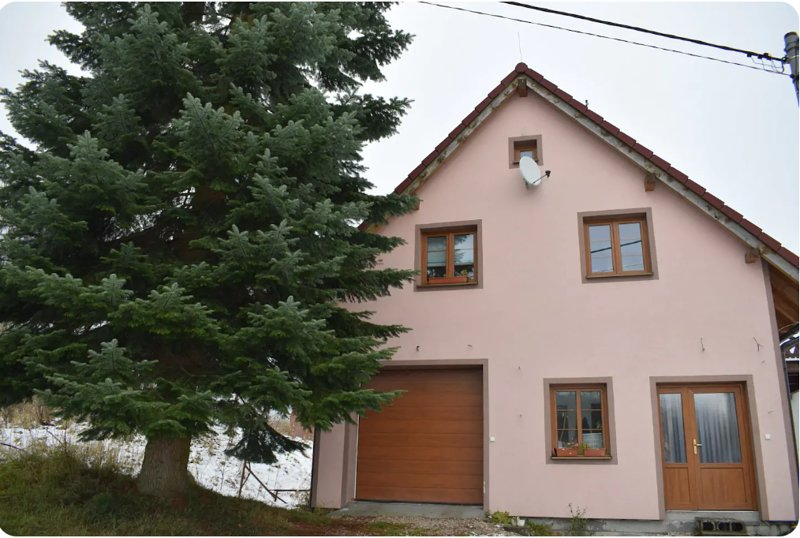 Apartmán U Zuzanky  Family apartment in house with 1,5 Bathrooms and 4 Bedrooms, holiday rental in Konstantinovy Lazne