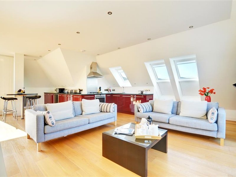 Penthouse at Pointview, holiday rental in Saunton