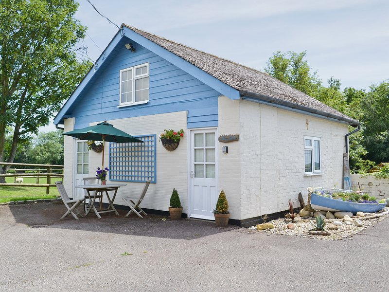 The Blue Loft, vacation rental in Stone in Oxney
