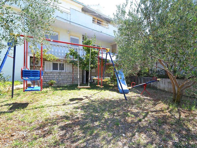 Ana, vacation rental in Pirovac