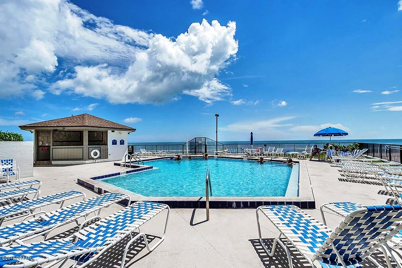 The Pool Just Awaiting You. WOW!