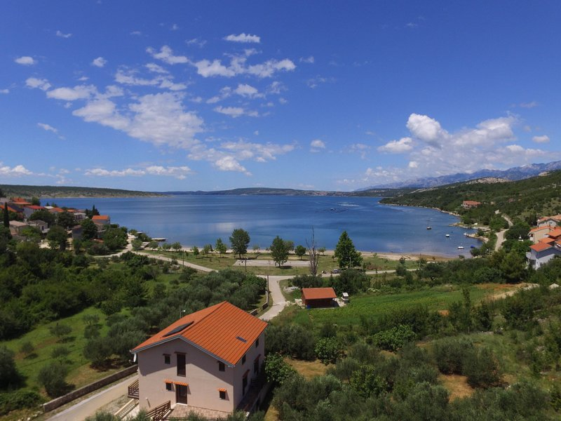 Milka, location de vacances à Gracac