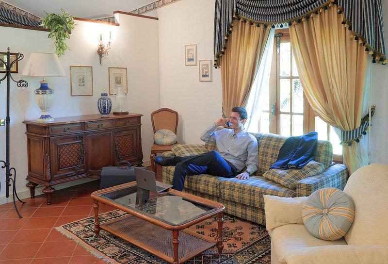 Villa Rossana-VIOLA, vacation rental in Collesalvetti