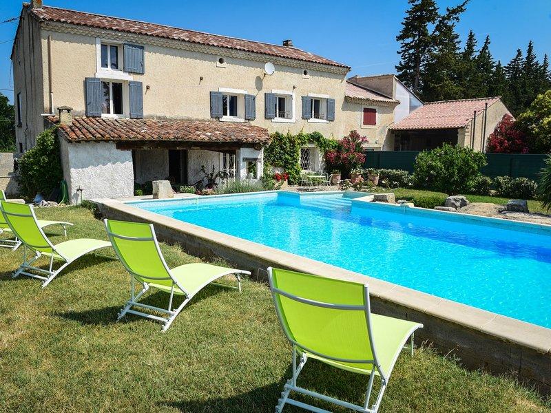 La Grange Blanche, location de vacances à Pernes-Les-Fontaines