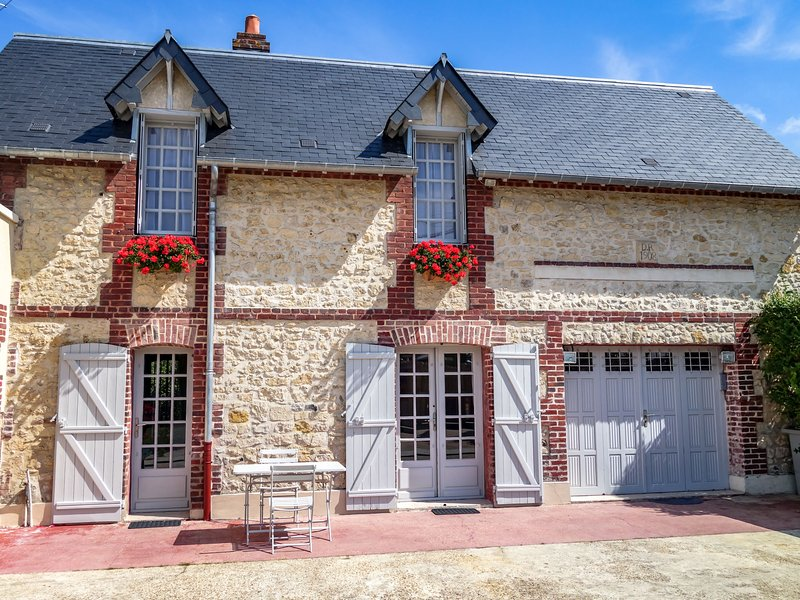 Yolande, holiday rental in Bonneville-sur-Touques