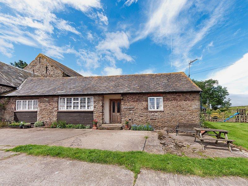 Granary Cottage, holiday rental in Llanfoist