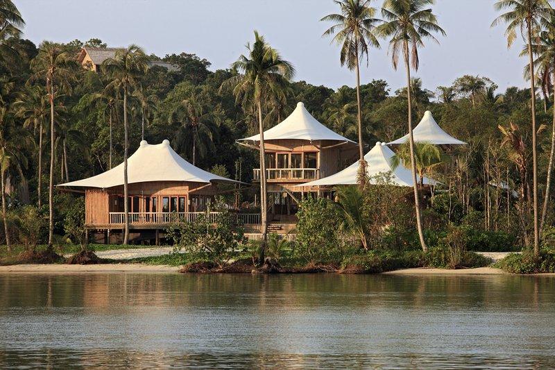 Ban Khlong Ta Tin Villa Sleeps 6 with Pool - 5793853, alquiler de vacaciones en Koh Mak
