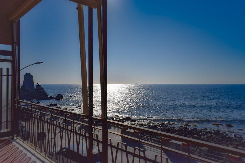 Acitrezza View fronte mare, location de vacances à Acitrezza
