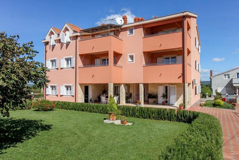 Two bedroom apartment Neviđane, Pašman (A-18054-b), holiday rental in Nevidane