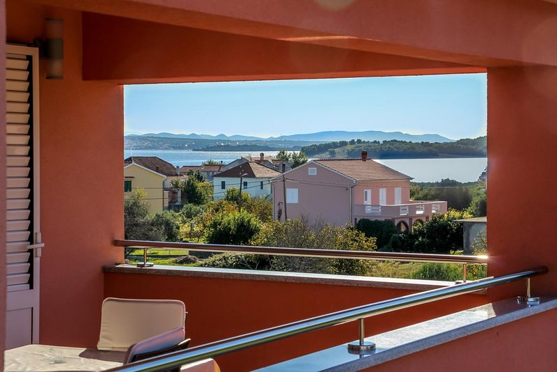 Nevidane Apartment Sleeps 6 with Pool and Air Con - 5828313, holiday rental in Nevidane